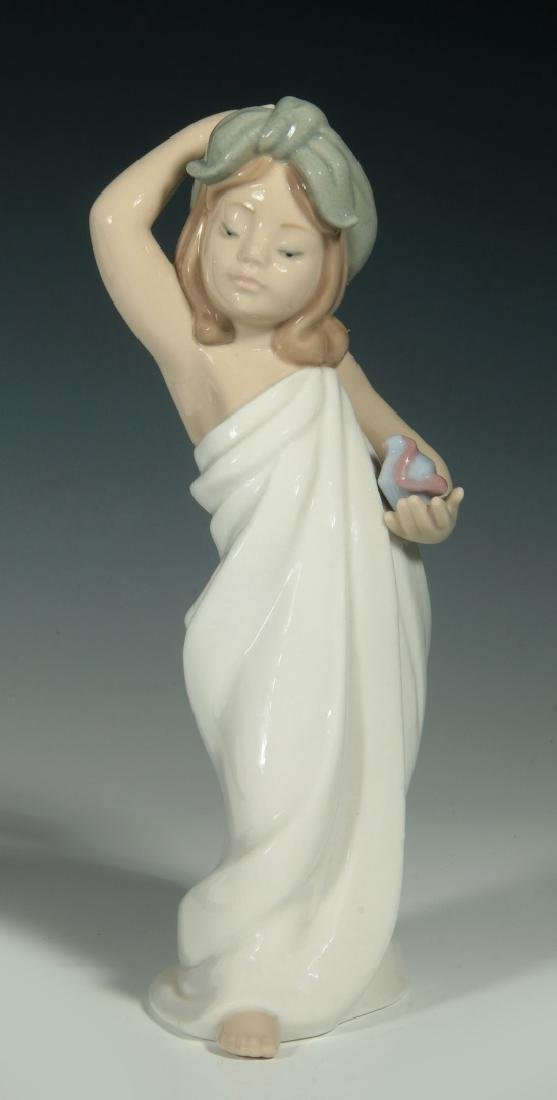 LLADRO 'JUST LIKE NEW' PORCELAIN FIGURE WITH BOX