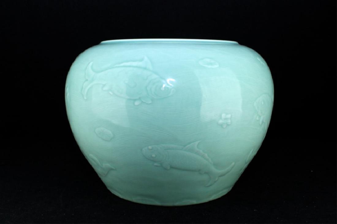 Large Chinese Qing Porcelain Fish Urn