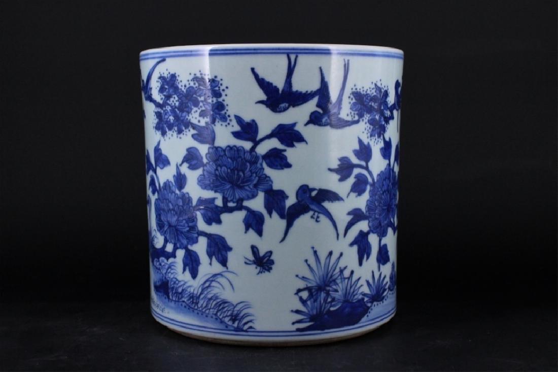 Chinese Qing Porcelain Blue White Brush Pot - 3