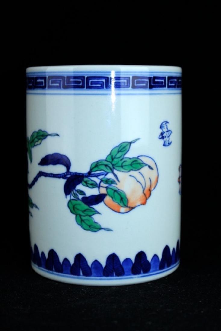 Chinese Qing Porcelain Blue&White Peach Brush Pot - 2