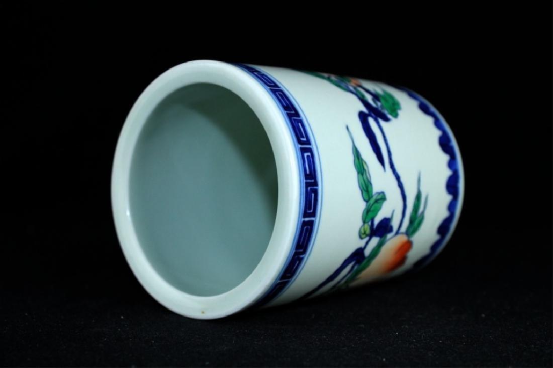 Chinese Qing Porcelain Blue&White Peach Brush Pot - 3