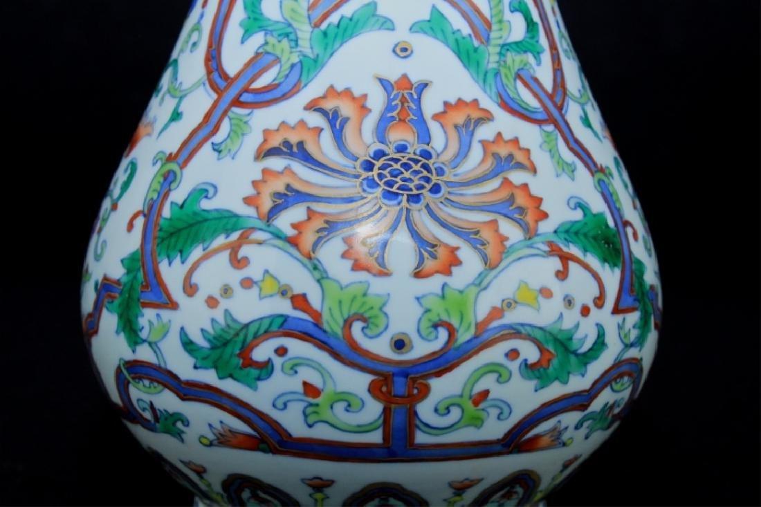 Chinese Qing Porcelain DouCai Vase - 2