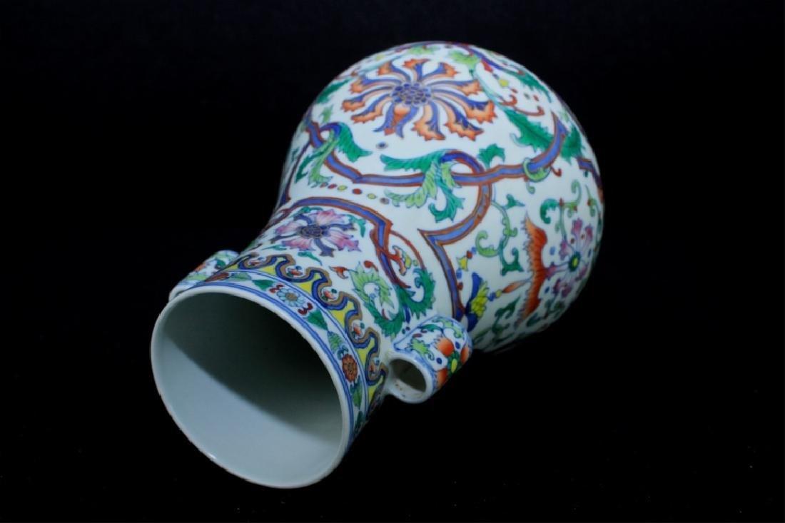 Chinese Qing Porcelain DouCai Vase - 5