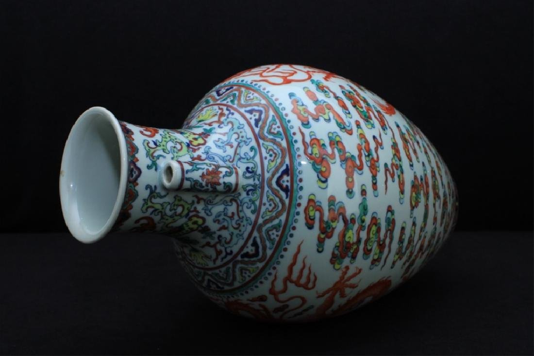 Large Chinese Qing Porcelain DouCai Dragon Vase - 7