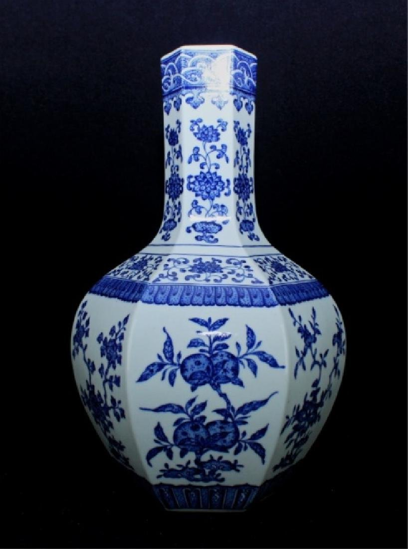 Large Hexagon Qing Porcelain Blue&White Vase