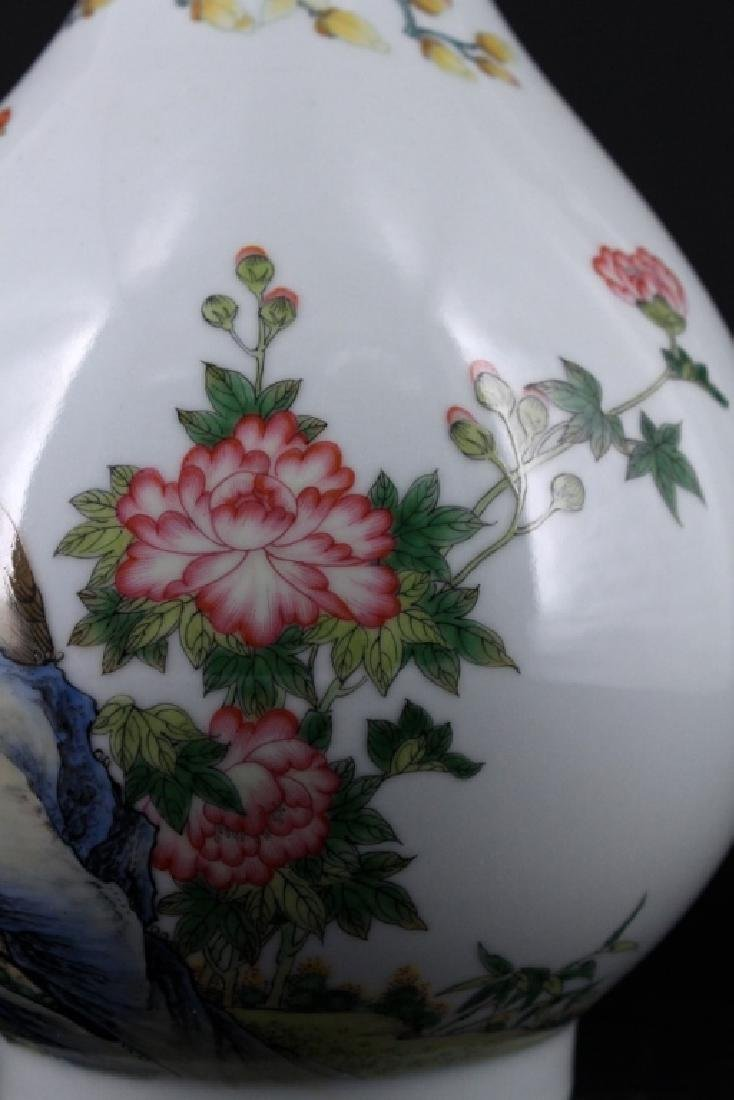Chinese Qing Porcelain Enamel Vase - 3