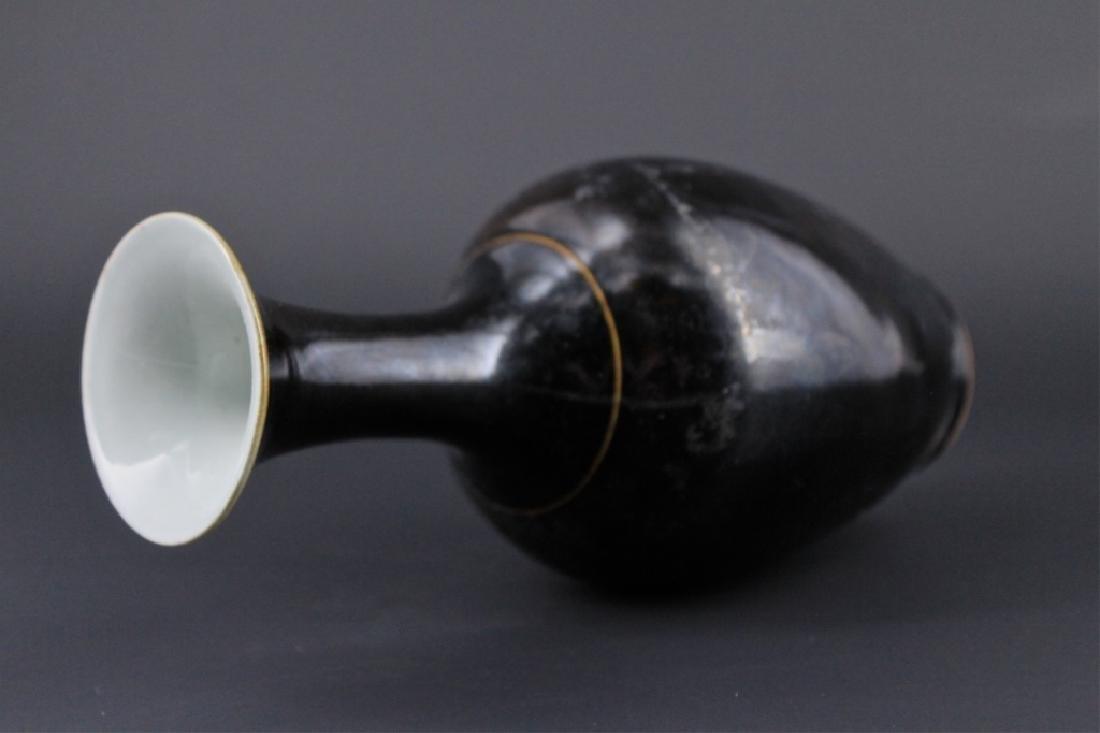 Chinese Qing Porcelain Black Glaze Vase - 7