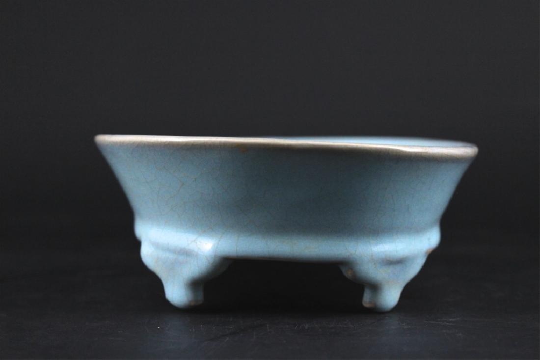 Song Porcelain Ru Yao Brush Pot - 4