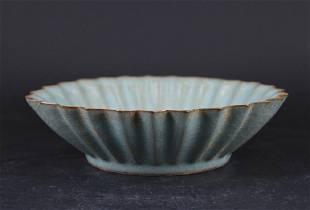 Chinese Song Porcelain Guanyao Bowl