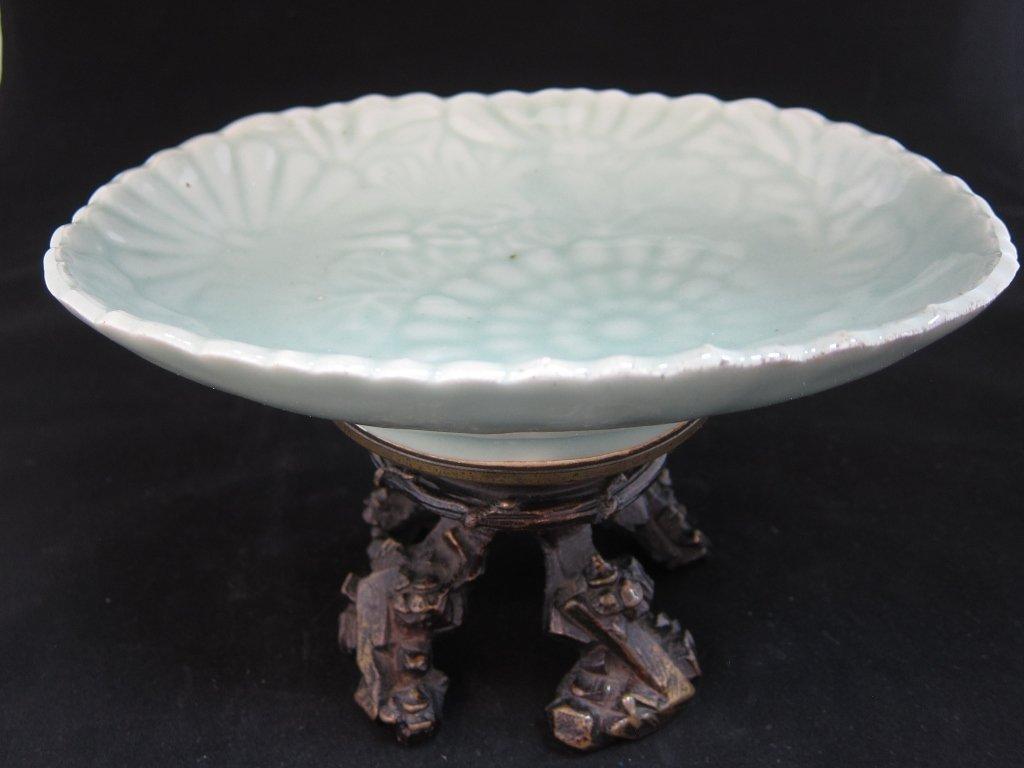 A glazed Celadon Plate