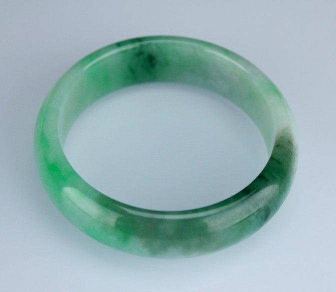 Chinese Jadeite Bracelte