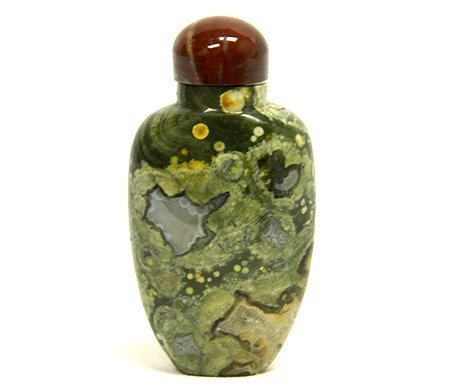 Chinese Green Jasper Snuff Bottle