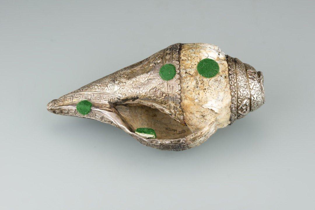 A Tibetan Metal Conch Shell Horn - 3