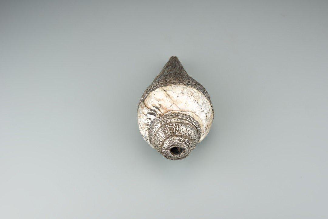 A Tibetan Metal Conch Shell Horn - 5