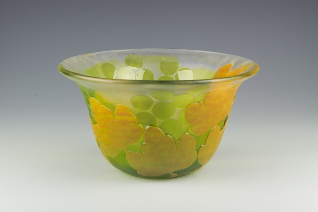 A Kosta Boda Cameo Glass Bowl, Paul Hoff - 3