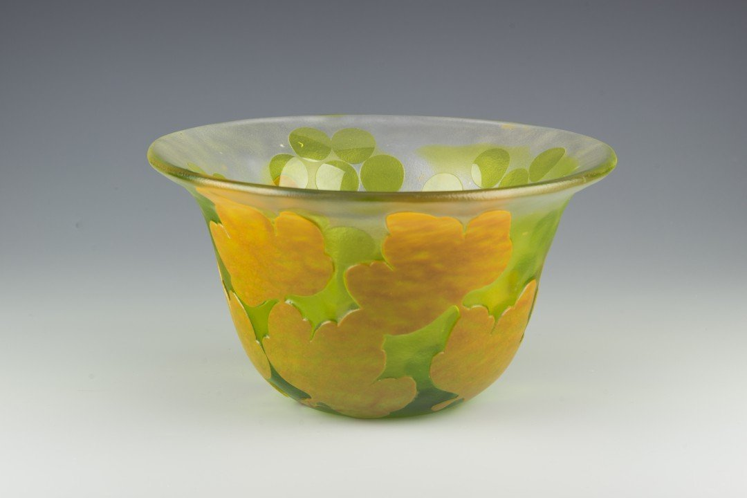 A Kosta Boda Cameo Glass Bowl, Paul Hoff - 4