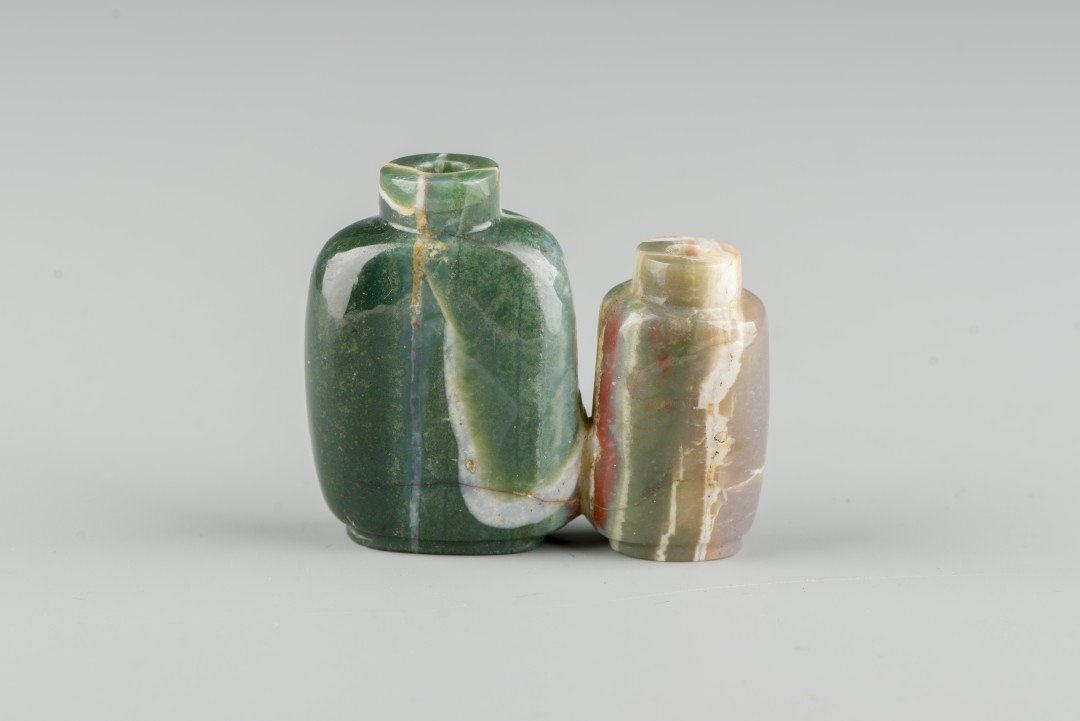 A Chinese Carved Agate Double Snuff Bottle