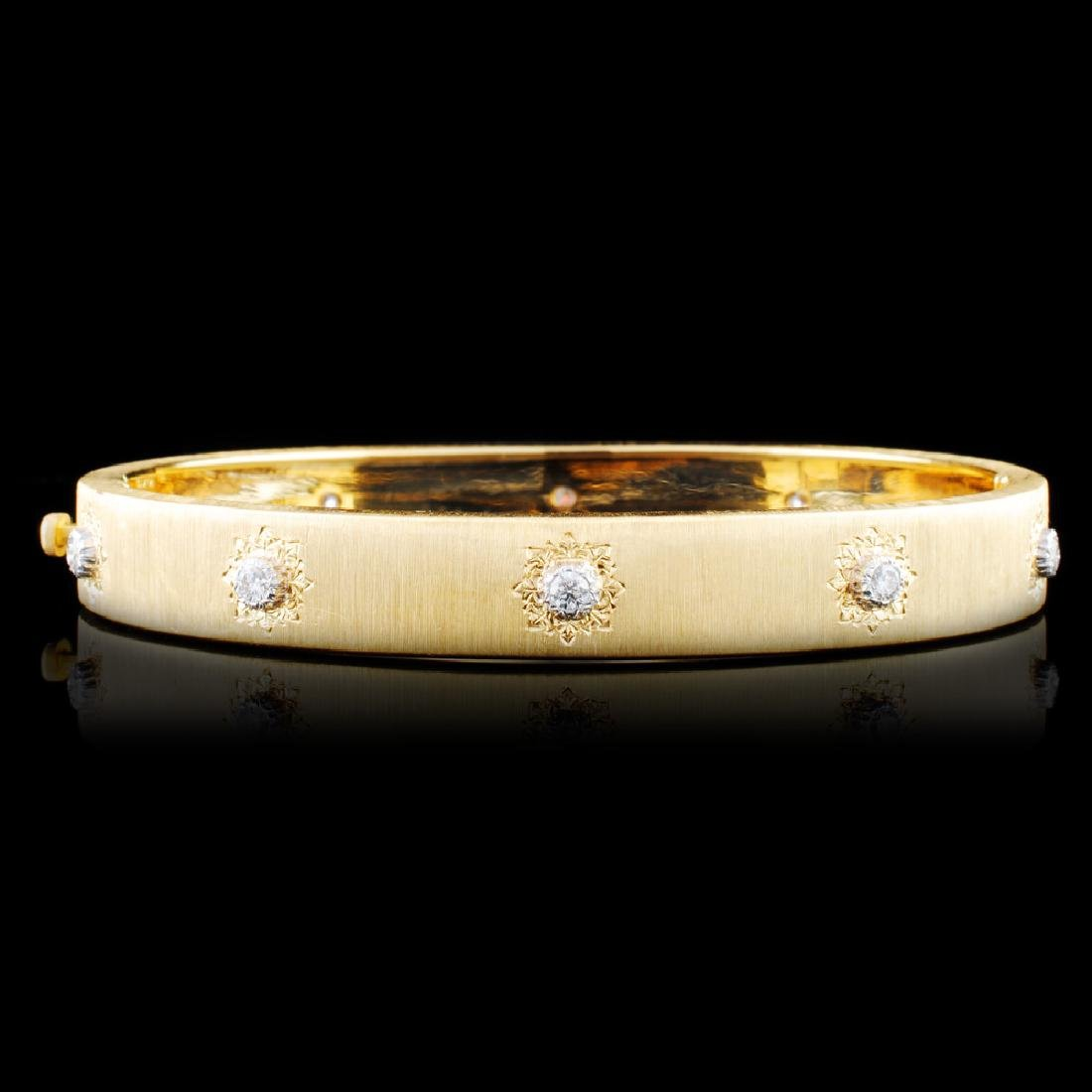 18K Gold 0.30ctw Diamond Bangle
