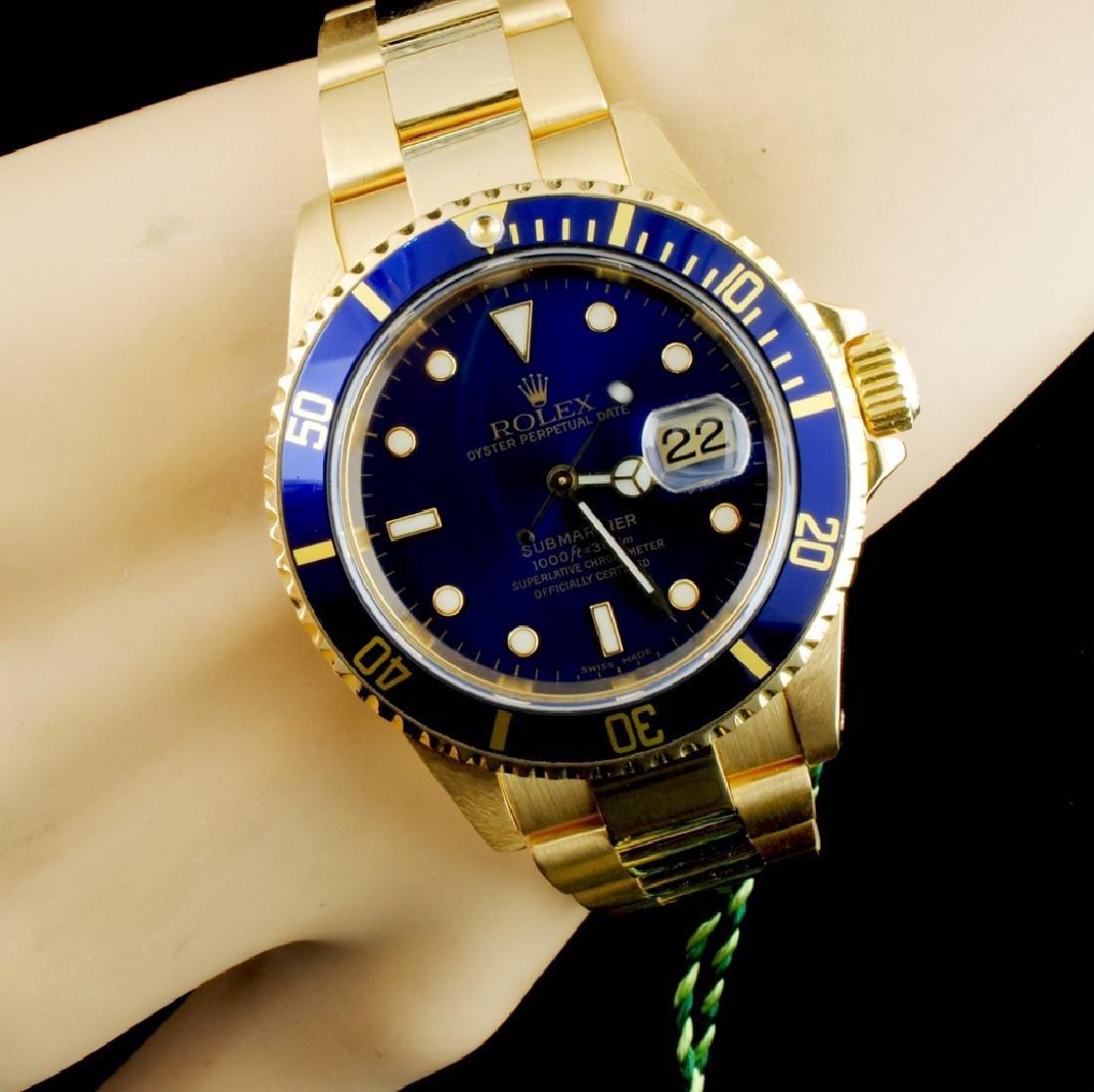 Rolex Submariner 16618 18K Gold 40mm Wristwatch - 2