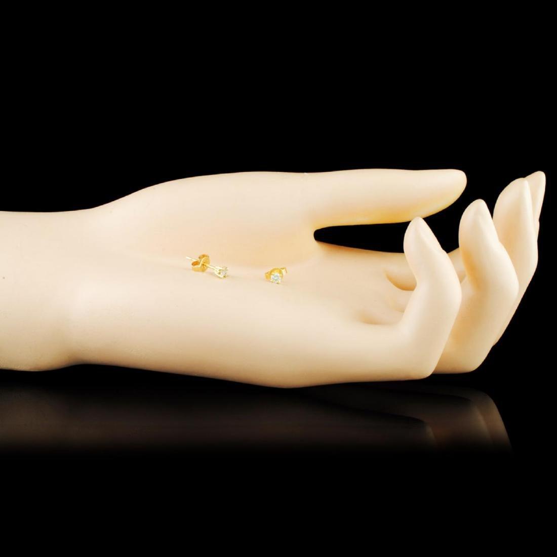 14K Gold 0.16ctw Diamond Earrings - 2