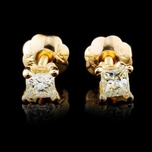 14K Gold 018ctw Diamond Earrings