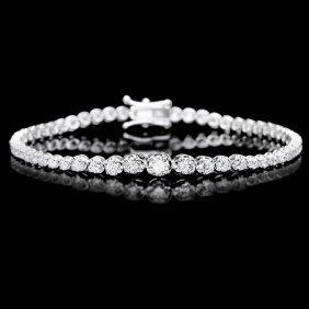 6: 18k White Gold 3.00ct Diamond Bracelet