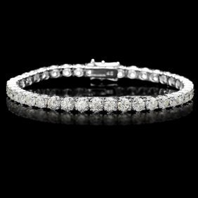 194: 18KT White Gold 13.00ct Diamond Tennis Bracelet