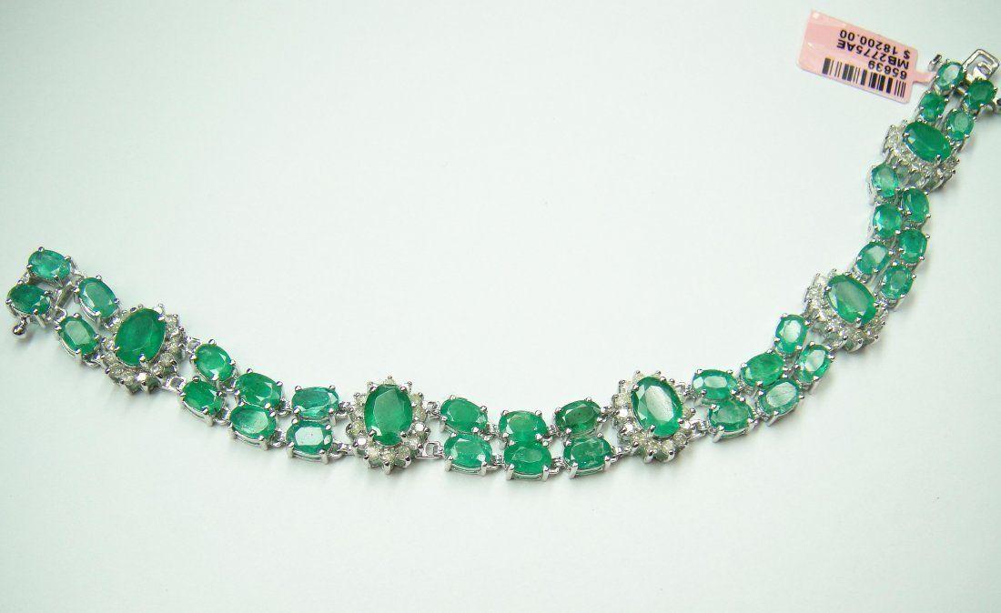 14KT Gold, 19.60ct Emerald & 1.68ct Diamond Bracelet