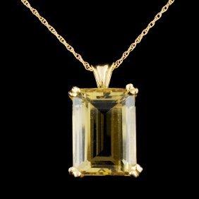 14k Gold 15ct Topaz Pendant