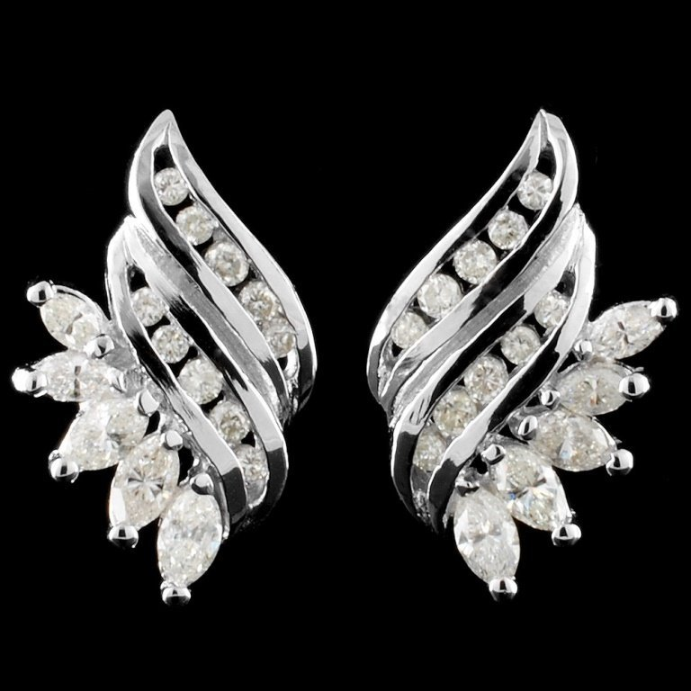 14K White Gold 1.76ctw Diamond Earrings
