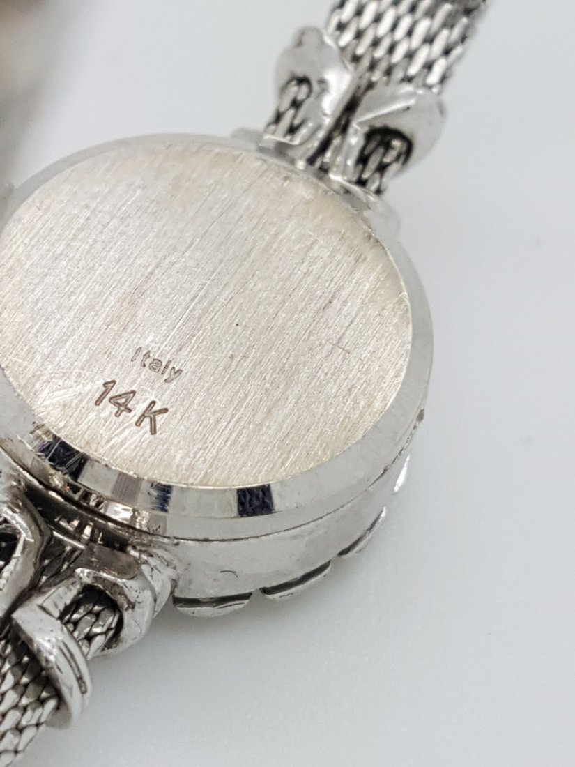 A vintage Lucien Piccard 14k ladies diamond wrist watch - 4