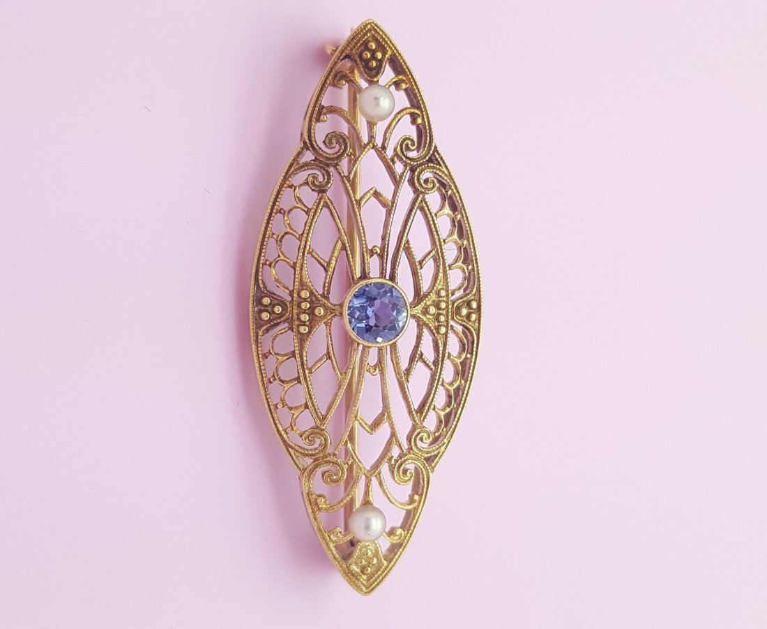 An Old 14k Yellow Gold Brooch Pin with Sapphire and - 2