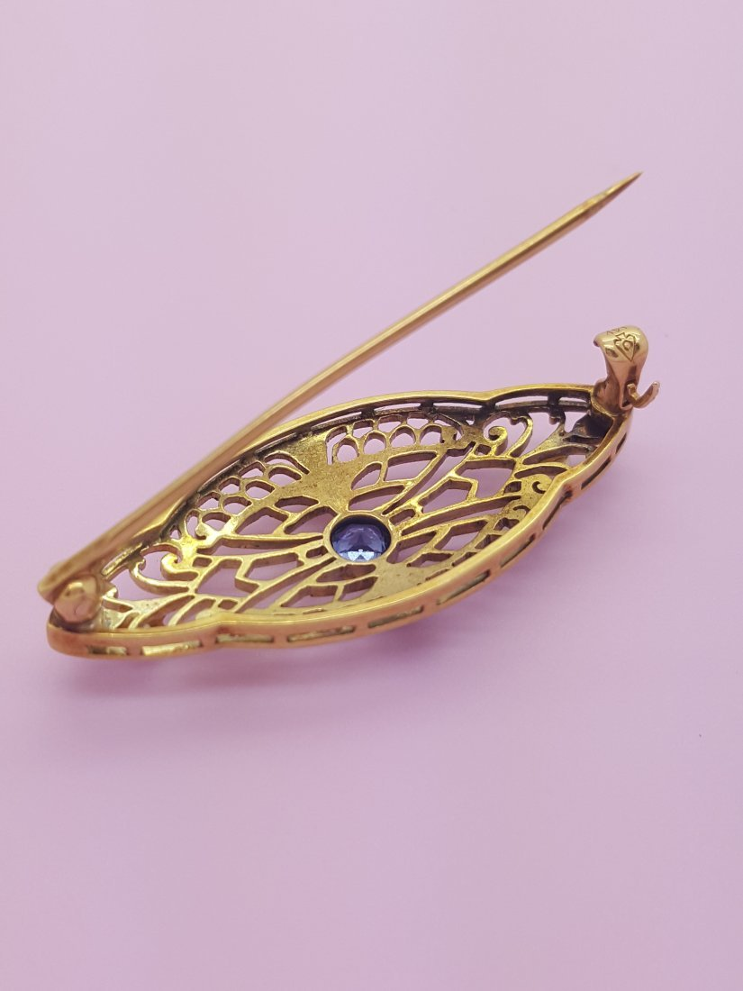 An Old 14k Yellow Gold Brooch Pin with Sapphire and - 3