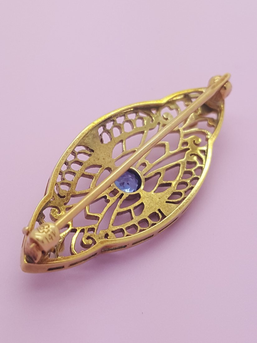 An Old 14k Yellow Gold Brooch Pin with Sapphire and - 5