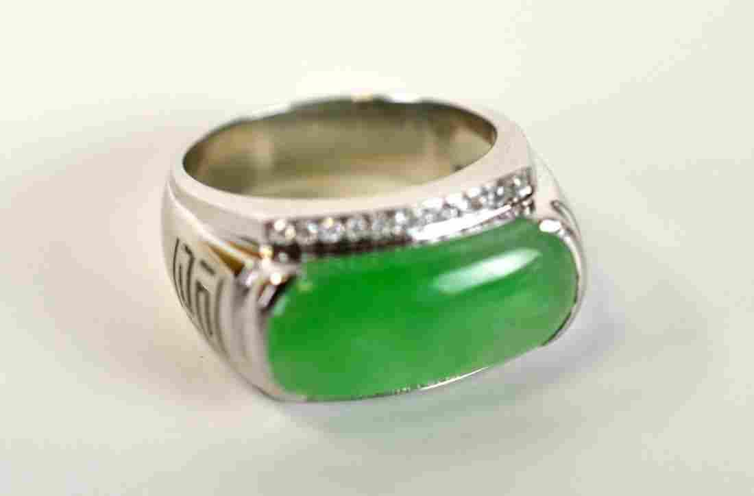 18K Gold Men Ring with Jadeite & Diamonds