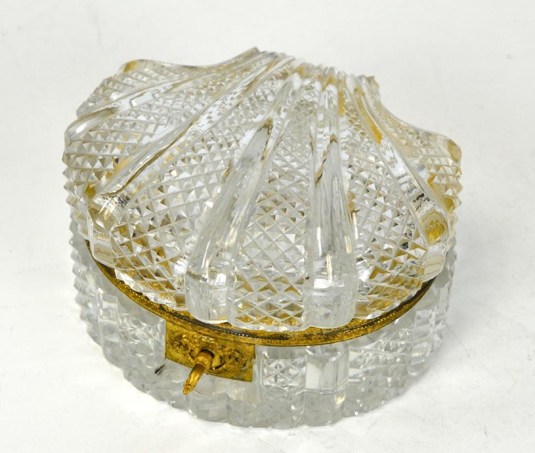 Cut Crystal Shell Shaped Jewelry Box