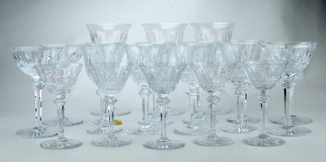 CRYSTAL / CUT GLASS Twenty-piece wine glass set