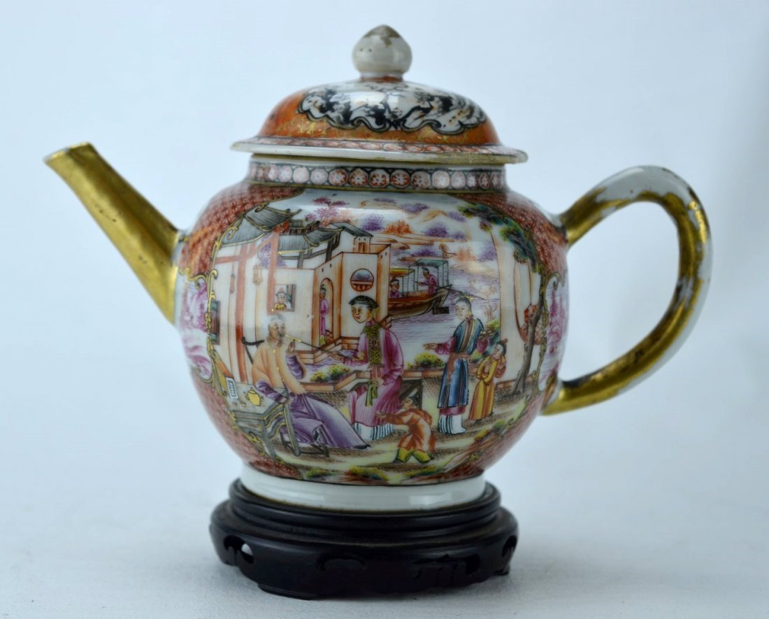 18TH C CHINESE  Famille Medallion teapot