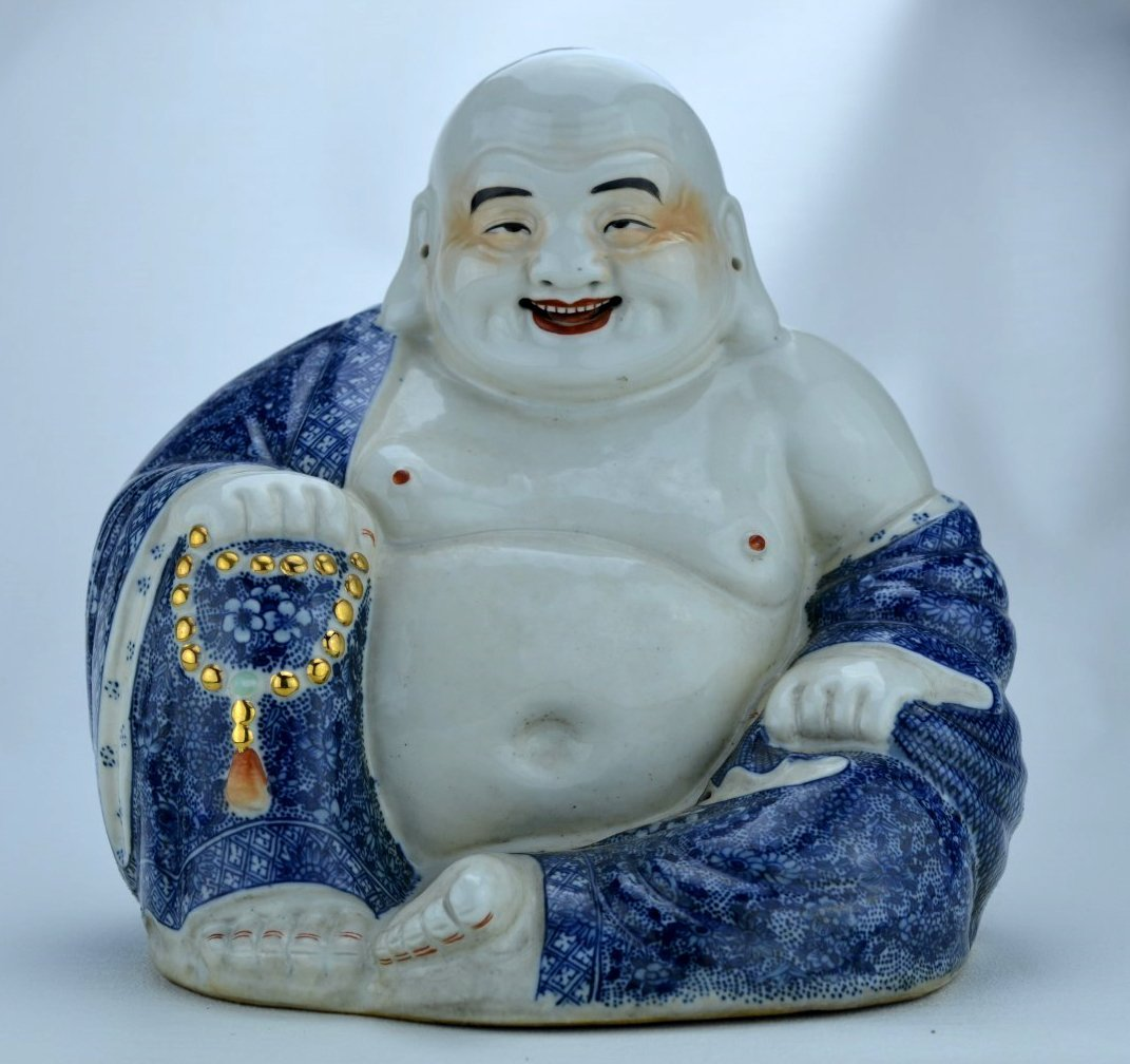 Early 20th C CHINESE Blue and  White Buddha figure
