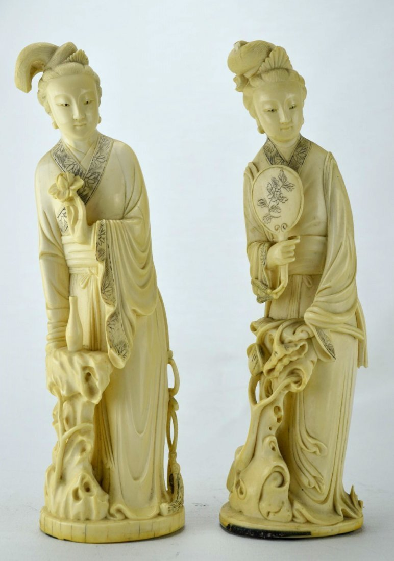 Finely Carved Set of Two Chinese Ivory Ladies Figure