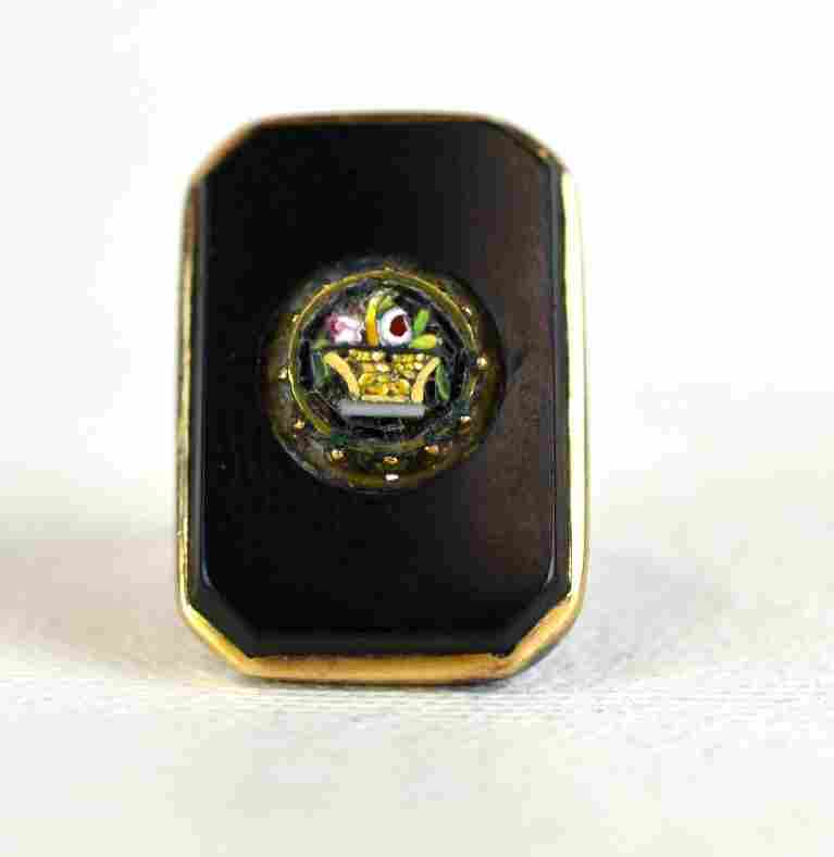 Onyx or Black Agate & 14K Gold Ring