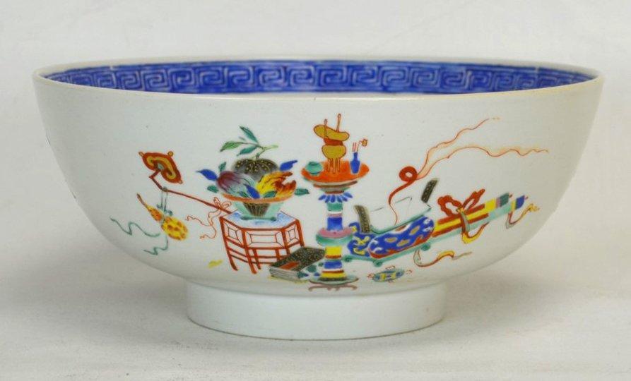 Large Chinese Qianlong Export Famille Rose Bowl