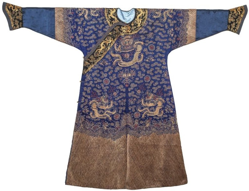 Fine Chinese Silk Embroidered Robe, Qing Dynasty