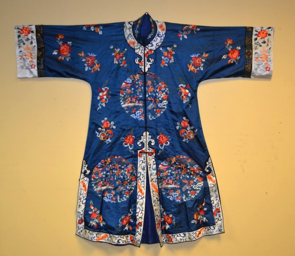 Antique Chinese Silk Embroidered Robe
