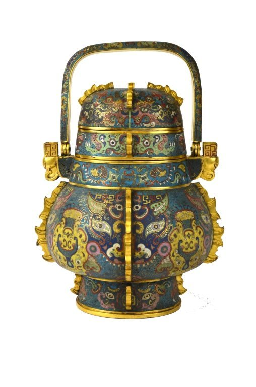 Important Chinese Cloisonne Vase with Handle