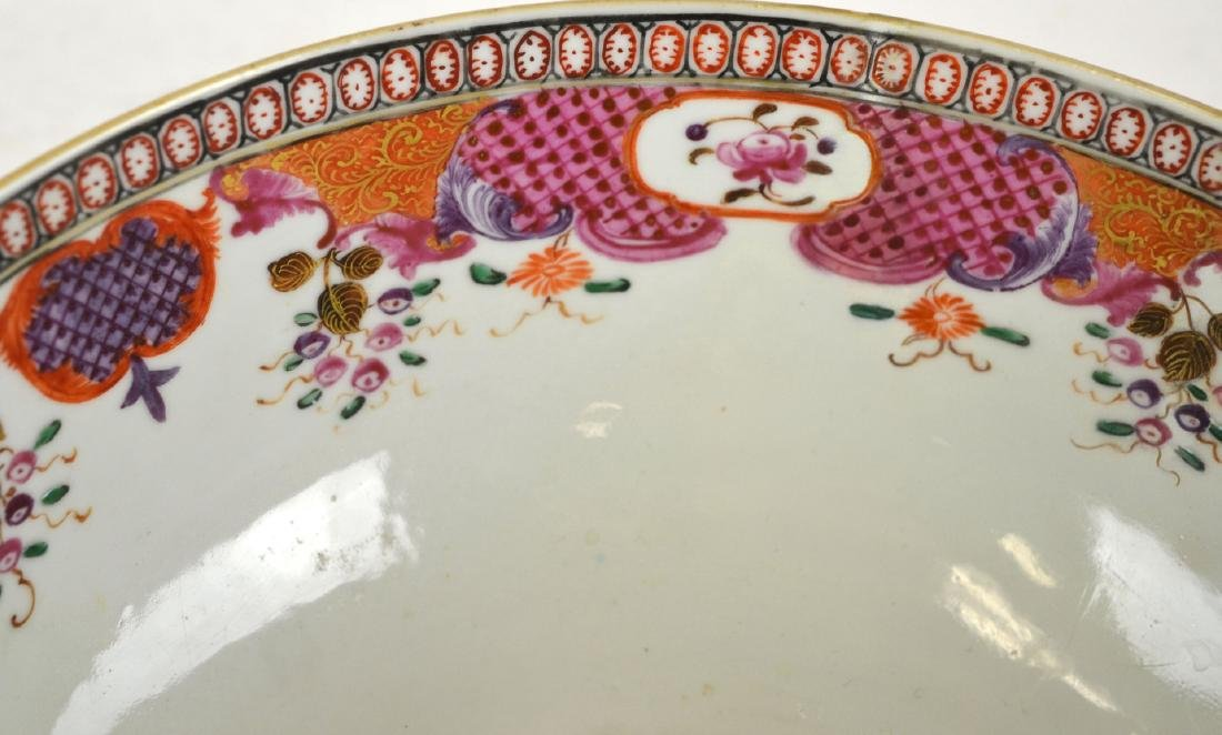 Chinese Rose Medallion Bowl with Deer - 4