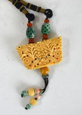 Chinese Necklace w Bone & Jade