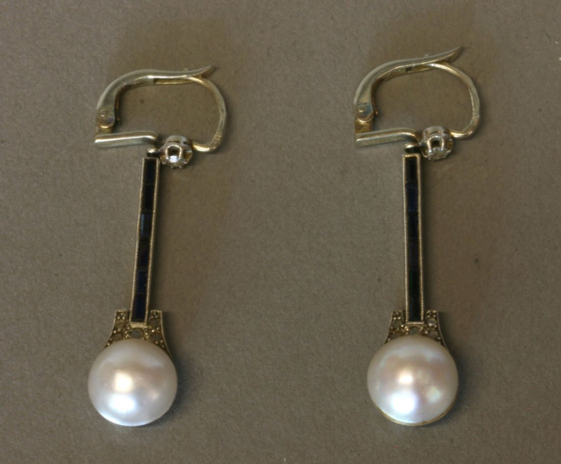 A Fine Pair of Split pearls and Sapphire Posted
