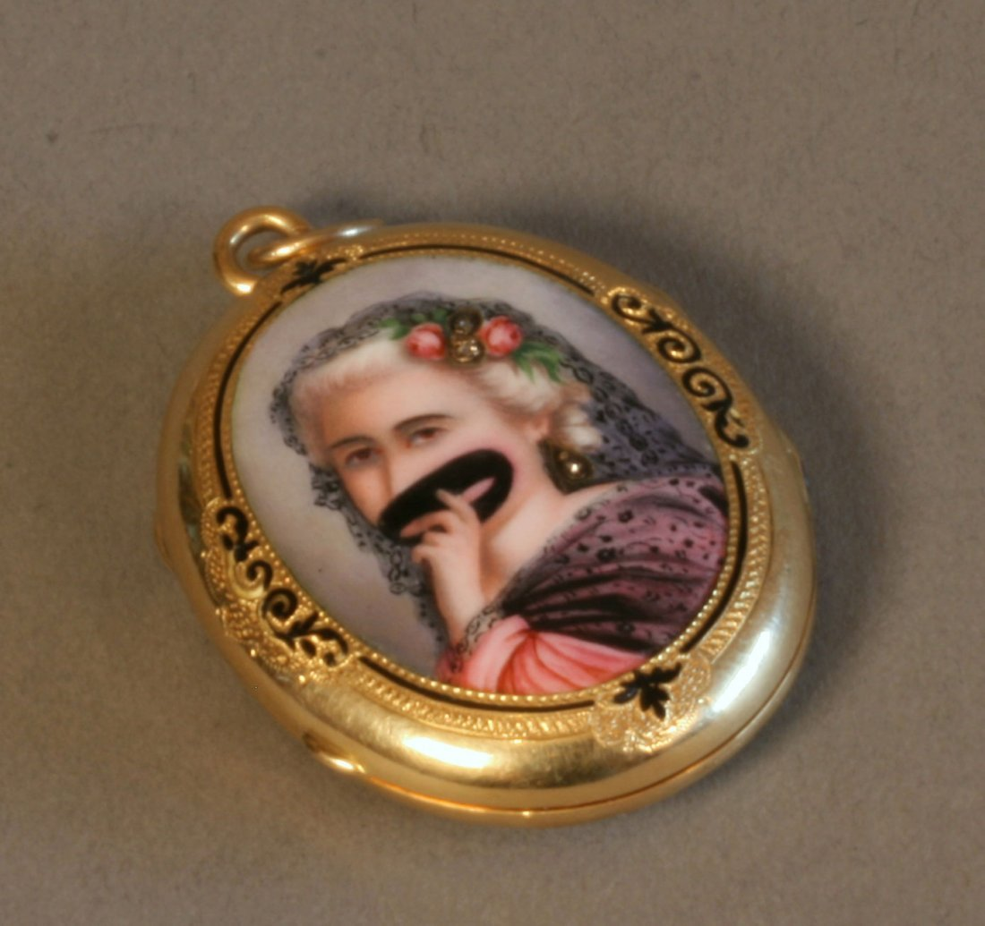 A Victorian Gold Coloured Enamel and Diamond Set