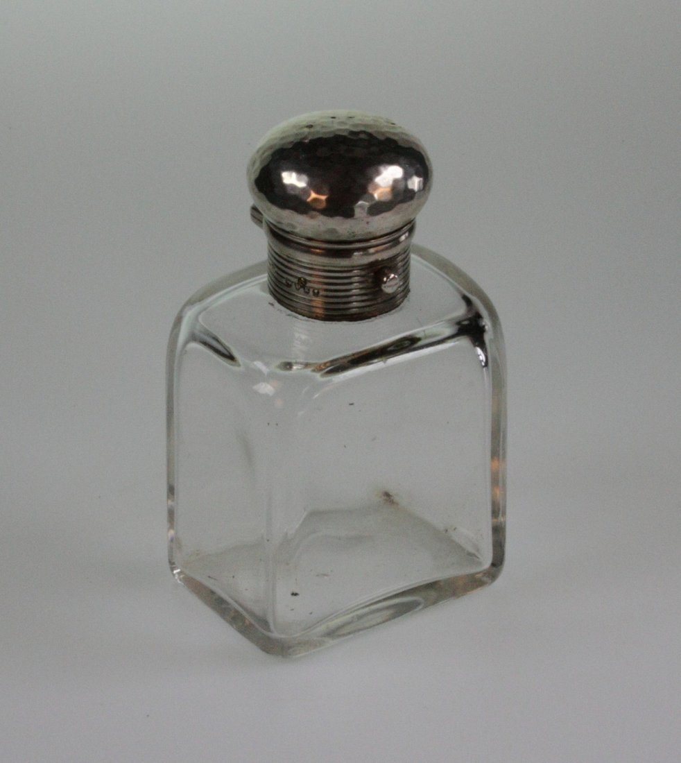A Late Victorian Silver Topped Scent Bottle